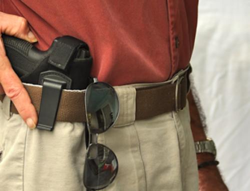 Armé d'un pistolet, il entre dans la boutique Orange, la Police a été rapidement alerté grâce à nos deux agents BSL